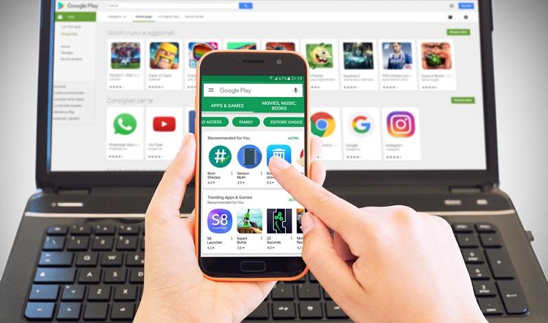 Am Smartphone ist man als Nutzer von Apple oder Android in der Regel an den Applestore bzw. den Google Play Store gebunden, um Apps zu installieren. (#02)